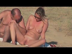 French, Couple, Beach