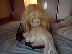 Crossdresser, Kissing, Doll